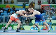 Azerbaijani wrestler in semifinals at Rio 2016