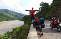 Azerbaijani cyclist reaches Ecuador