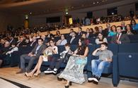 """First Lady attends 'Ali and Nino' movie premiere <span class=""""color_red"""">[PHOTO]</span>"""