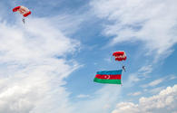 "Red Bull Skydivers raise national flag of Azerbaijan <span class=""color_red"">[PHOTO]</span>"