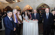 """Cookery expert Stalik Khankishiyev's books presented in Baku <span class=""""color_red"""">[PHOTO]</span>"""
