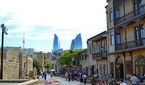 Azerbaijan advised to attract Indians, Chinese to develop mass tourism