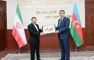 Azerbaijan, Iran to regulate use of radio frequencies in border areas