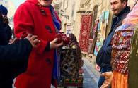"World-famous designer explores Baku <span class=""color_red"">[PHOTO]</span>"