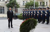 "President Aliyev visits memorial in honor of Azerbaijan Democratic Republic <span class=""color_red"">[PHOTO]</span>"