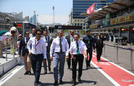 """Azerbaijan Automobile Federation officials, Moldovan president visit F1 Paddock <span class=""""color_red"""">[PHOTO]</span>"""