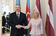 """President Ilham Aliyev meets with Speaker of Latvian Saeima <span class=""""color_red"""">[PHOTO]</span>"""