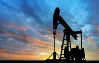 World oil prices continue to drop