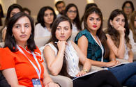 "Azerbaijani youth join #SMM2017 Business breakfast <span class=""color_red"">[PHOTO]</span>"
