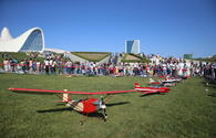 "Flight show of aircraft models mesmerize Bakuvians <span class=""color_red"">[PHOTO]</span>"