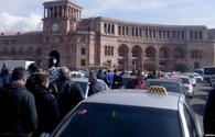 Taxi drivers protest against Transport Minister in Yerevan