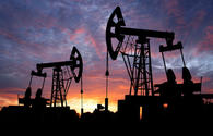 Crude prices jump towards data on decline in US stocks