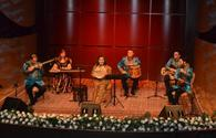 """Famous singer mesmerizes with mugham performance <span class=""""color_red"""">[PHOTO]</span>"""