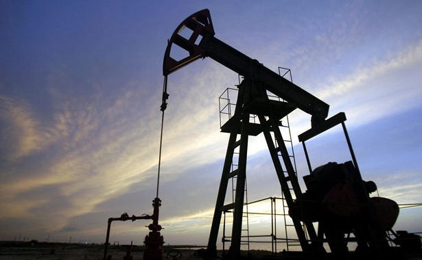 Oil prices climb on falling inventories