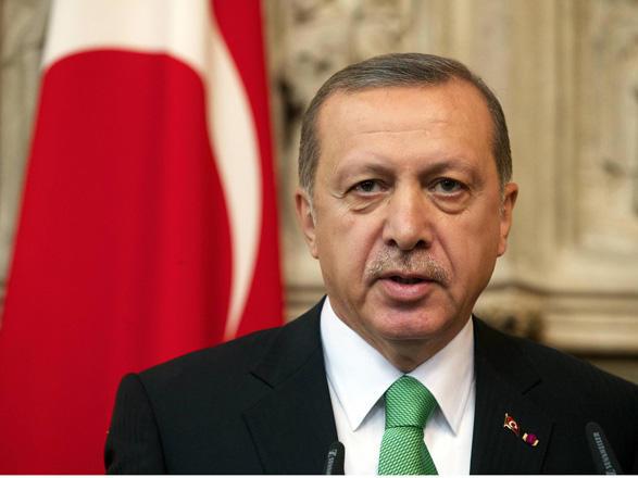 Turkey urges US to stop backing Kurdish YPG