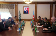 Azerbaijan, Saudi Arabia discuss prospects of military cooperation