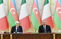 Presidents of Azerbaijan and Italy make press statements