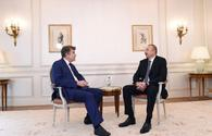 Ilham Aliyev meets executive chairman of Institute for Int'l Relations of France