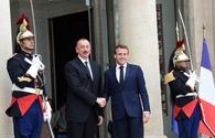 "President Aliyev meets his French counterpart in Paris <span class=""color_red"">[PHOTO]</span>"