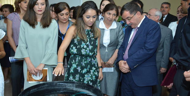 "Unique traveling expo opens in Gazakh <span class=""color_red"">[PHOTO]</span>"