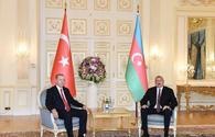 "Azerbaijani, Turkish presidents hold one-on-one meeting <span class=""color_red"">[UPDATE]</span>"