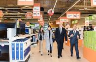 "Azerbaijani president, First Lady inaugurate new ""Bravo"" supermarket in Baku <span class=""color_red"">[UPDATE]</span>"