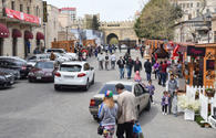 Russian tourists choose Baku for shopping