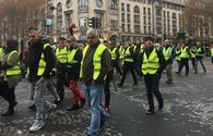 Number of detained during yellow vest rallies in France exceeds 1,700