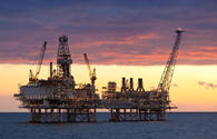 Azerbaijani oil prices slightly down
