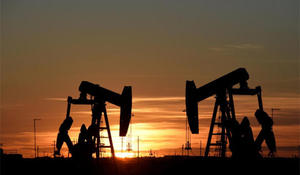 Oil prices continue to rise amid declining US rig count