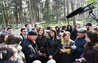 "First VP Mehriban Aliyeva arrives in Ganja for visit <span class=""color_red"">[UPDATE]</span>"