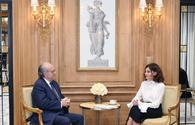 """Azerbaijani First VP meets founder of French National Cancer Institute <span class=""""color_red"""">[PHOTO]</span>"""
