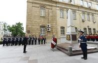 "President Ilham Aliyev visits monument to Azerbaijan Democratic Republic <span class=""color_red"">[PHOTO]</span>"