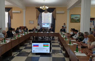 Azerbaijan, Russia hold round table discussions on development of cross-border co-op