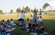 """Capital residents celebrate Int'l Yoga Day <span class=""""color_red"""">[PHOTO]</span>"""