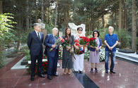 "Muslim Magomayev's memory honored in Baku <span class=""color_red"">[PHOTO]</span>"
