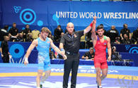 Azerbaijani wrestler enters quarter finals of World Championship in Kazakhstan