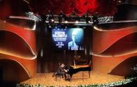 "World-famous pianist mesmerizes Baku audience <span class=""color_red"">[PHOTO]</span>"