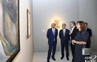 "Works of national artist showcased at Heydar Aliyev Center <span class=""color_red"">[PHOTO/VIDEO]</span>"