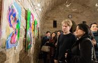 "Swedish artist thrills art lovers in Baku <span class=""color_red"">[PHOTO]</span>"