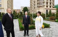 "President Ilham Aliyev, First Lady Mehriban Aliyeva view conditions created in new park in Nasimi district <span class=""color_red"">[PHOTO]</span>"