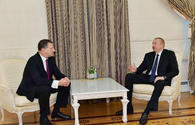 "Azerbaijani president meets with former Latvian president <span class=""color_red"">[PHOTO]</span>"
