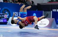 Azerbaijani wrestlers win silver, bronze at junior world championship