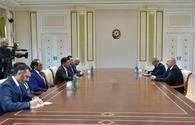 "President Ilham Aliyev receives delegation led by UAE minister of economy <span class=""color_red"">[PHOTO]</span>"