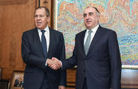 Azerbaijani, Russian FMs hold one-on-one meeting in Baku