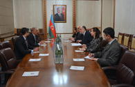 Azerbaijani FM meets Pakistani envoy upon completion of diplomatic tenure
