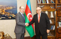 Azerbaijan Airlines president, Jordan's ambassador mull launch of new flight