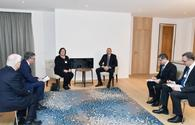 President Ilham Aliyev meets with CISCO Executive Vice President and Chief Financial Officer in Davos