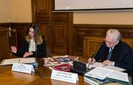 "Carpet Museum, Hermitage ink MoU for joint projects <span class=""color_red"">[PHOTO]</span>"