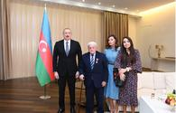 "Ilham Aliyev awards prominent mugham singer <span class=""color_red"">[PHOTO]</span>"